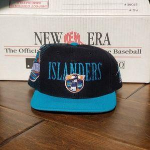 1995 New York Islanders Snapback Hat